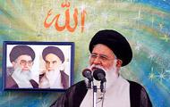 ادعای عجيب امام جمعه مشهد درباره موسوی و کروبی