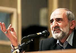 حضور پر حاشیه مدیر مسئول روزنامه کیهان در دانشگاه تهران