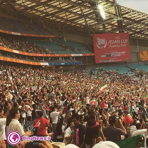 103 تماشاگران ایرانی بازی ایران با قطر در استادیوم سیدنی/تصاویر
