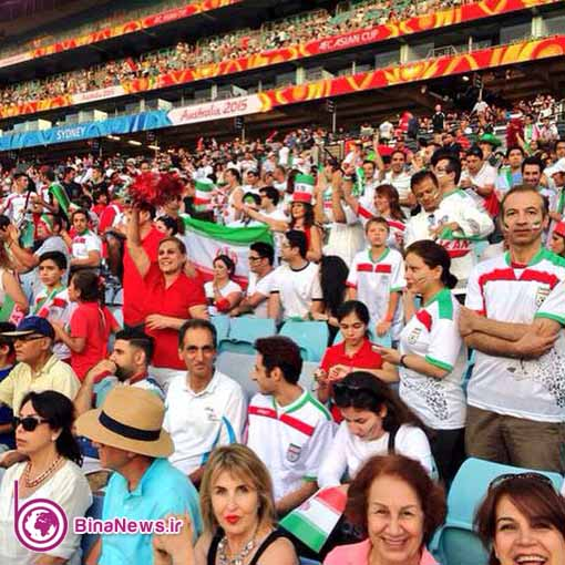 93 تماشاگران ایرانی بازی ایران با قطر در استادیوم سیدنی/تصاویر