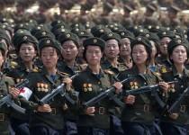 """زنان کره شمالی به """" سربازی اجباری"""" می روند"""