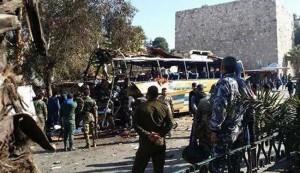 انفجار در مسیر زائران در دمشق + عکس