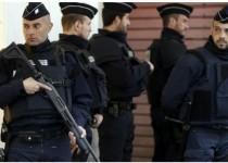 حمله یک مرد چاقو به دست به سه نظامی فرانسوی