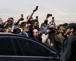سخنان رئیس جمهور در مراسم تشییع و تدفین مادرشان/تصاویر