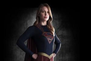 «سوپرگرل» دخترعموی سوپرمن به کمک زمین میآید