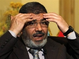 محمد مرسی به ۲۰ سال حبس محکوم شد