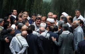 فریادهای نمايندگان دلواپس بر سر ظریف در جلسه غیرعلنی مجلس