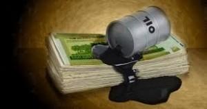 دلارهای نفتی که به جای توسعه اختلاس آورد!