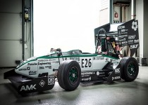 رکورد سریعترین خودروی برقی شکست/عکس