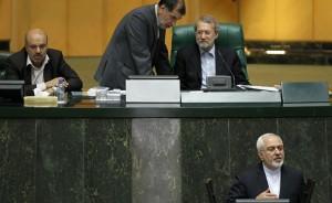 وزیر خارجه در مجلس: امروز هیچکس نمیگوید ایران تسلیم شد