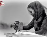 سوگواری نمادین یک دختر در مرگ دریاچه ارومیه/۴عکس