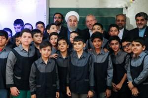 رئیسجمهور زنگ اول مهر را بهصدا درآورد/تصاویر