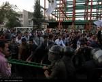 تجمع مقابل کنسولگری عربستان در مشهد/عکس