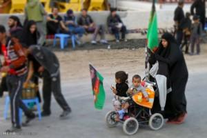 تصاویر راهپیمایی زائران اربعین
