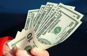 قیمت دلار کاهش و یورو افزایش یافت