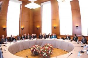پایان مذاکرات ایران و 1+5 در روز نخست/ادامه مذاکرات صبح چهارشنبه