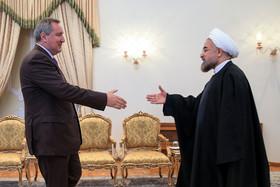 دکتر روحانی: روابط ایران و روسیه به شکل همه جانبه باید گسترش یابد