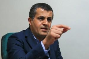 یاسر هاشمی: افراطیون حاشیهسازی میکنند