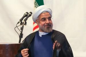 روحانی:مردم باید در سایۀ وزارت اطلاعاتی قوی و حرفهای،احساس امنیت کنند
