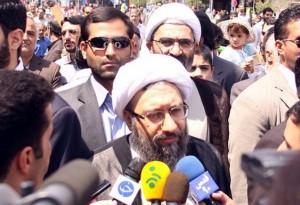 آملیلاریجانی: ملت ایران با تحریم و تهدید به زانو در نمیآید