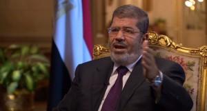 مرسی خطاب به حامیانش: اعتراضها بیفایده است