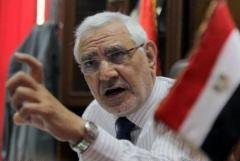 ابوالفتوح: محبوبیت السیسی ساختگی است/ مردم مصر بار دیگر انقلاب میکنند