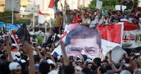 ادامه تظاهرات دانشجویان حامی مرسی