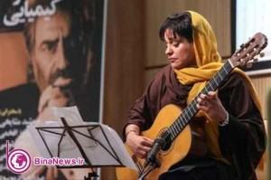 نوازنده زن پیشانی آقای کارگردان را بوسید/عکس