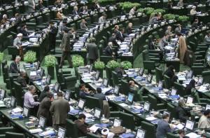 نامه نمایندگان به روحانی برای معرفی بدهکاران دانه درشت بانکی