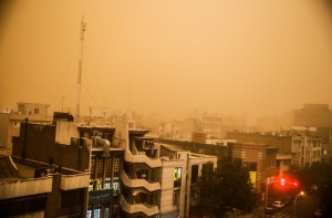 گرد و غبار تهران را فرا گرفت / ادامه این وضعیت در روزهای آتی قابل پیشبینی نیست