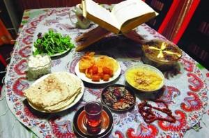 خرما جایگزین مناسب برای زولبیا و بامیه در سفره افطاری