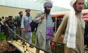"""رئیس کمیسیون انتخابات افغانستان """"تقلب"""" را تایید کرد"""