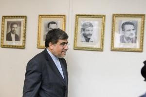 """جنتی و فشارهای زیاد بر """"وزارت فرهنگ"""""""