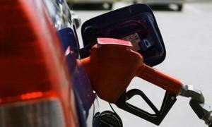 کاهش بیش از 50درصدی واردات بنزین/ برنامه ریزی برای افزایش مصرف CNG