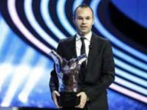 آندرس اينيستا، برنده پاي طلايی 2014