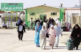 ازدحام جمعیت و ترافیک سنگین در مرز مهران