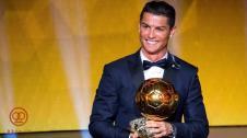 سومین توپ طلا در دست کریس / رونالدو مرد سال فوتبال جهان شد