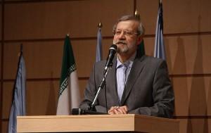 دکتر علی لاریجانی: راهی جز مردمی کردن اقتصاد نداریم