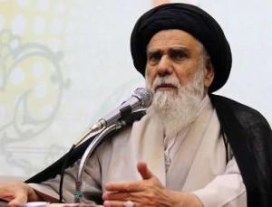 امام جمعه کرمان: فرق روحانی با احمدی نژاد زمین تا آسمان است