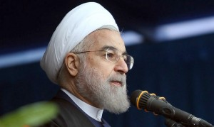 رئیسجمهور در حرم امام: تحریمها را در هم میشکنیم