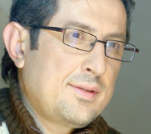امیدواری شهاب عباسی برای دیده شدن «دست به نقد»