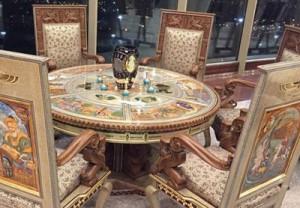 مبلمان 2میلیارد تومانی در برج میلاد/عکس