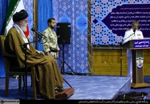 رهبر انقلاب در جمع فرماندهان ارتش: کوتاه آمدن دشمنیها را برطرف نمیکند